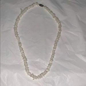 Flat shell necklace